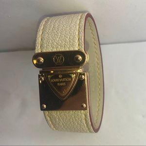 Louis Vuitton SMALL leather bracelet
